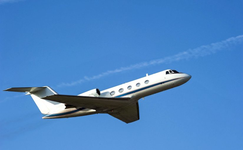 Private Jet Charter Beats Commercial for Holiday Travel
